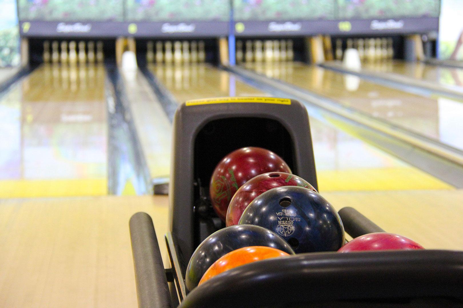 bowling amicale culturelle et sportive chu rennes. Black Bedroom Furniture Sets. Home Design Ideas